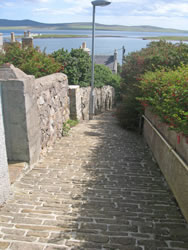 Stromness has many hidden lanes and closes to explore!